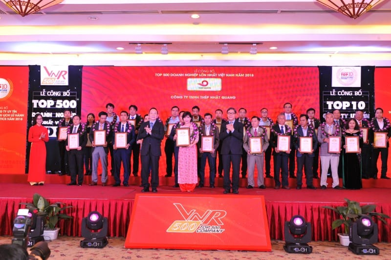 """Nhật Quang được vinh danh """" TOP 500 doanh nghiệp lớn nhất Việt Nam"""""""