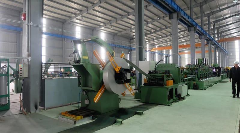 Thép cuộn cán nguội được sản xuất từ thép cuộn cán nóng