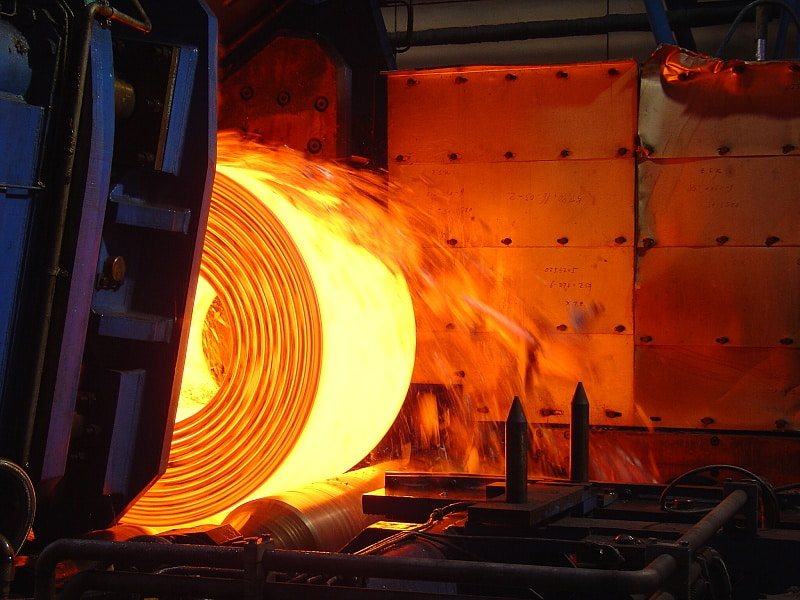 Băng thép được cuộn thành cuộn tròn