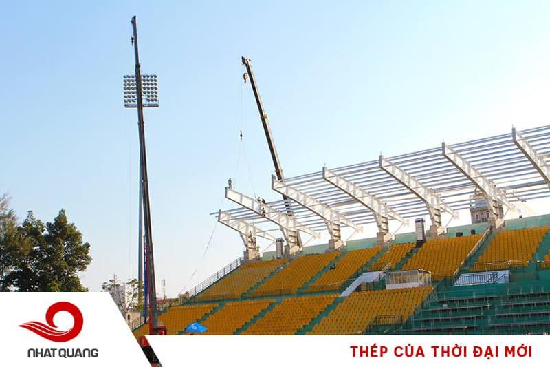 Kết cấu mái che sân vận động được làm từ thép